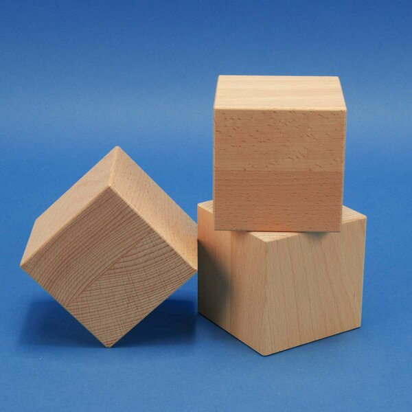 Deco cubes en bois 12 cm