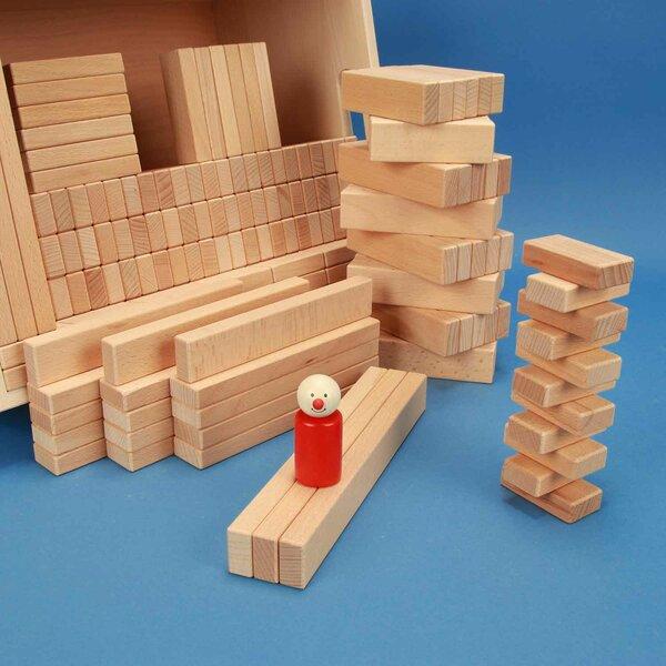 Jeu de 300 cubes en bois dans une caisse de rangement en hêtre
