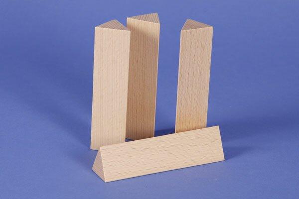 colonnes triangulaires 3 x 3 x 12 cm