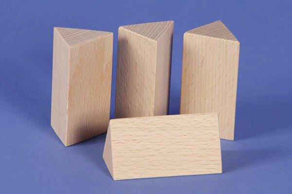colonnes triangulaires 3 x 3 x 6 cm