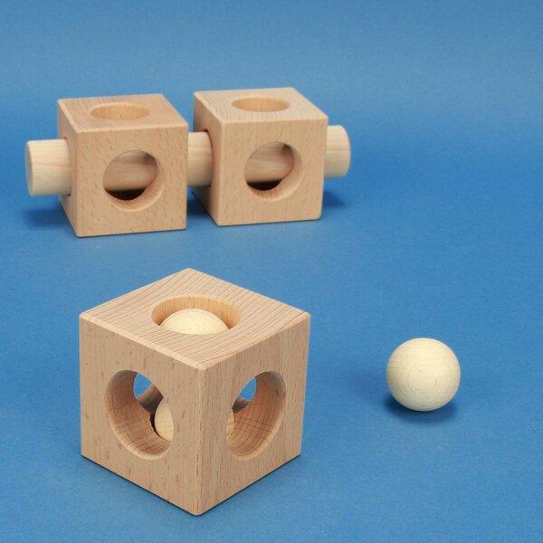 Executions speciales de cubes en bois