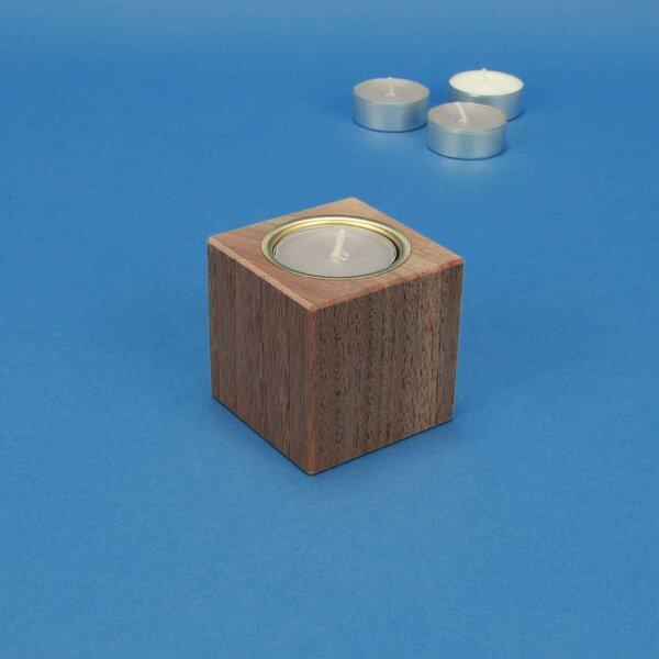 Bougeoir en bois 6 cm cubes en noyer